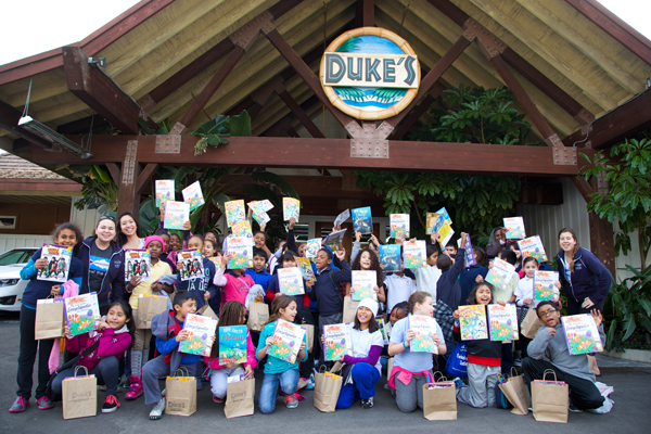 Group photo during Heal the Bay's Lunch n' Learn education program at Duke's Malibu