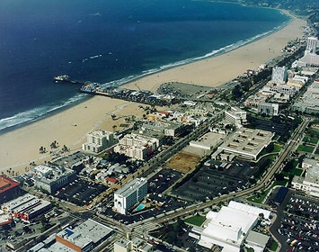 The ciIty of Santa Monica, looking north towards Malibu.