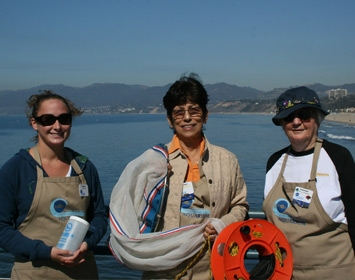 Santa Monica Pier Aquarium Volunteers